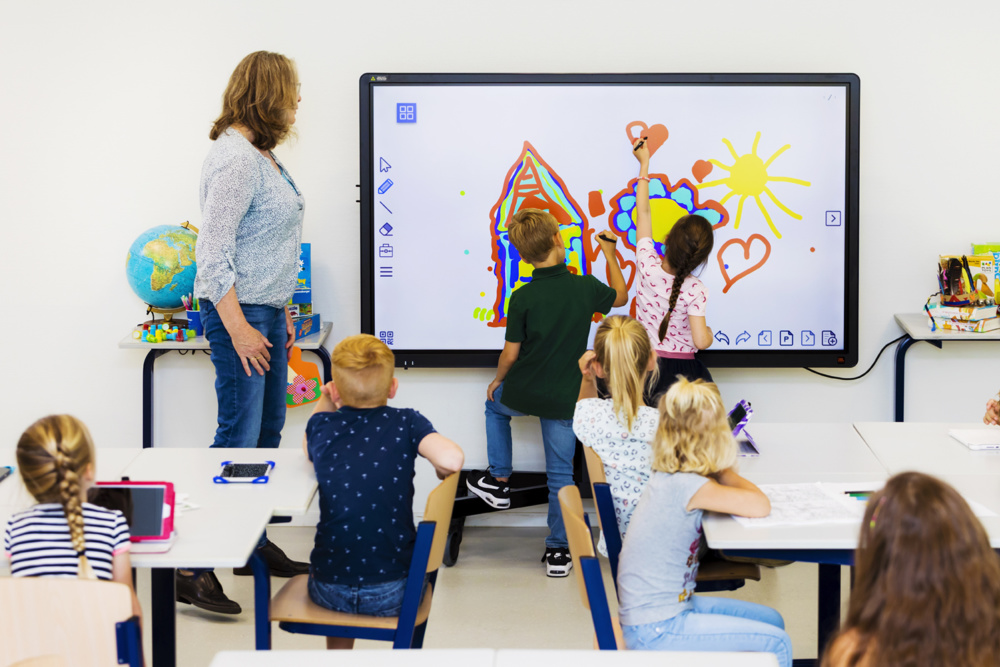 Modul PC CTOUCH OPS i7 lectie educatie interactiva