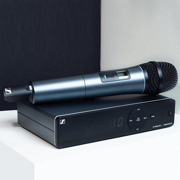 Microfon Wireless Sennheiser EW XSW 1-825 B
