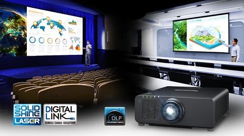 videoproiector Panasonic Laser PT-RZ770B digital link